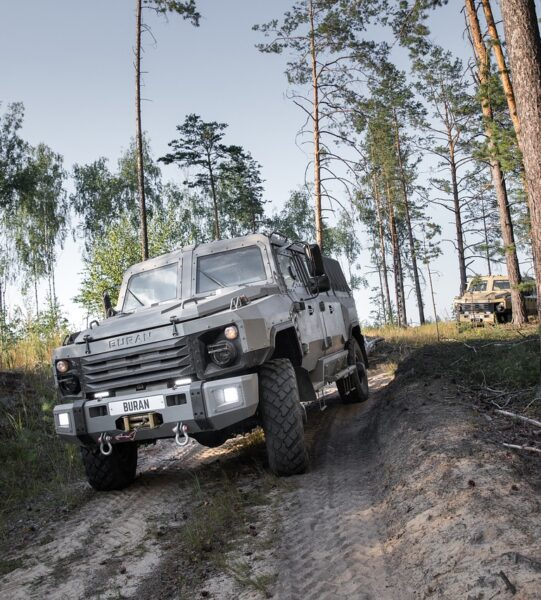 armored-car-5265887_1280